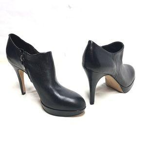VINCE CAMUTO Black Leather Platform Booties Sz 8
